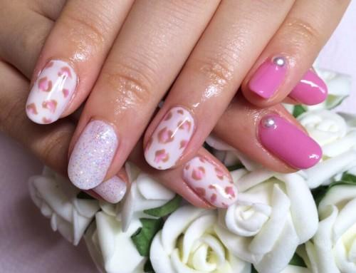 Gel Nail design : Pink Lopard